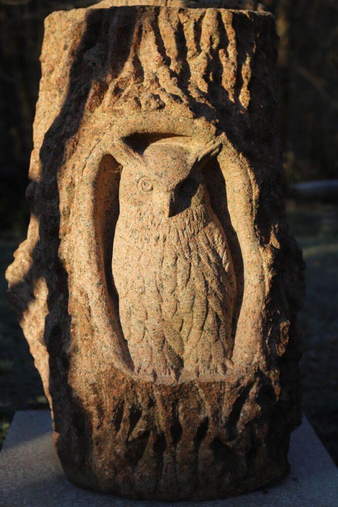 Wystawa rzeźba w kamieniu, Turtul