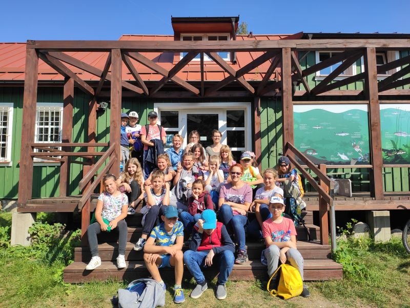Wizyta młodzieży w siedzibie SPK w Turtulu
