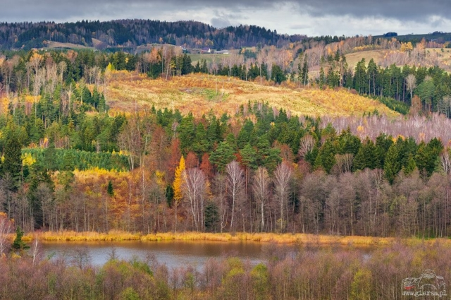 Jesiennie w SPK, jezioro Okrągłe. Fot.M.Giersa
