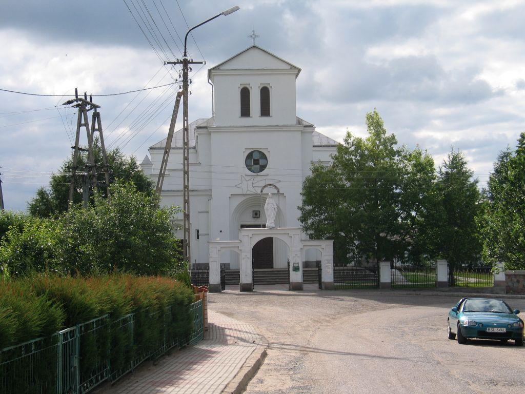 Neoromański kościół pod wezwaniem Narodzenia Najświętszej Maryi Panny w Przerośli